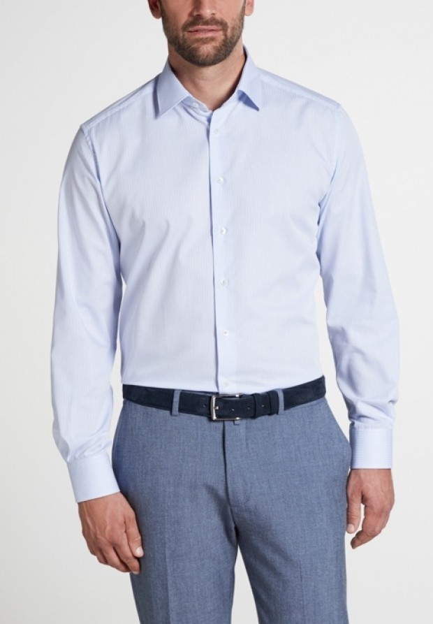 eterna vasalásmentes karcsúsított férfi ing világoskék-fehér kockás - modell