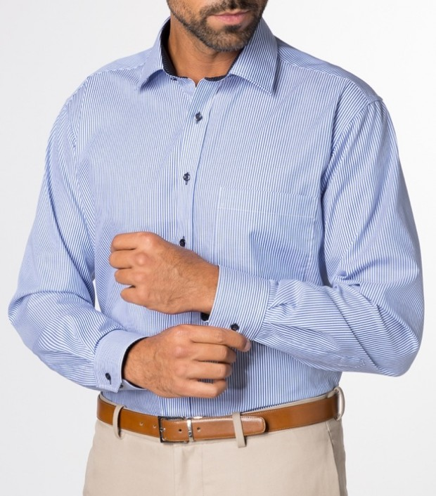eterna vasalásmentes férfi ing kék csíkos - modell