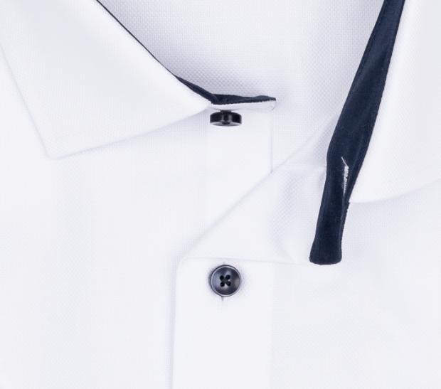 OLYMP vasalásmentes férfi ing karcsúsított fehér anyagában mintás rövid ujjú (sötétkék gombok) - gallér