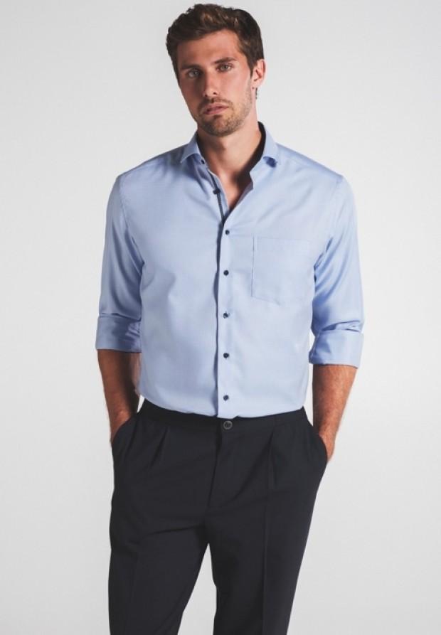 eterna vasalásmentes karcsúsított férfi ing kék-világoskék anyagában mintás - modell