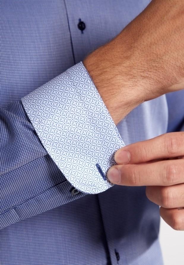 eterna vasalásmentes duplán karcsúsított férfi ing sötétkék anyagában mintás - mandzsetta