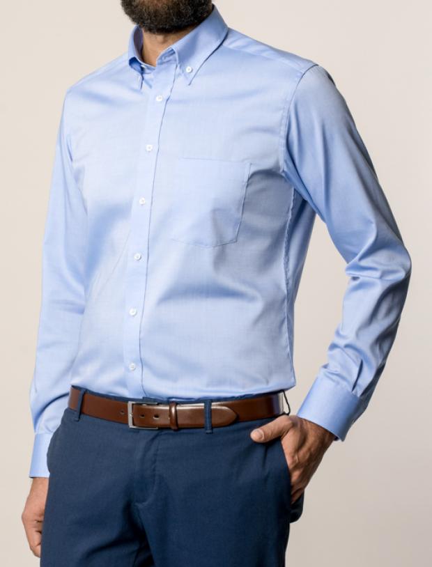 eterna vasalásmentes karcsúsított férfi ing kék - modell
