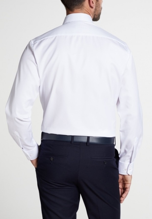 eterna vasalásmentes karcsúsított férfi ing fehér (cover shirt) - modell hát