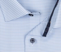 OLYMP vasalásmentes férfi ing karcsúsított világoskék tyúklábmintás - gallér