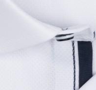 OLYMP vasalásmentes férfi ing karcsúsított fehér anyagában mintás - anyag