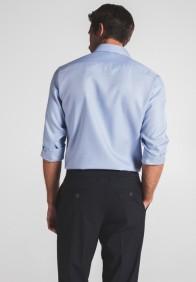 eterna vasalásmentes karcsúsított férfi ing kék-világoskék anyagában mintás - hát