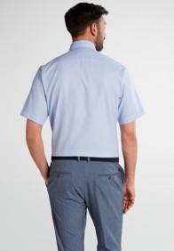 eterna vasalásmentes karcsúsított férfi ing világoskék anyagában mintás rövid ujjú - hát