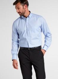 eterna vasalásmentes karcsúsított férfi ing világoskék kockás - modell