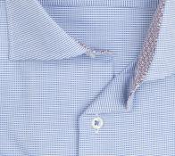 eterna vasalásmentes férfi ing kék-fehér anyagában mintás - gallér